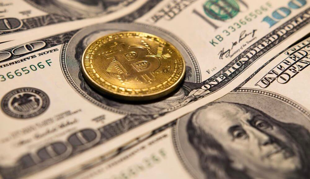 What is the Difference Between Cryptocurrency and Traditional Currencies?